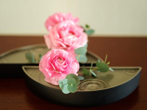 職人の手技が光る花の器「雫影(しずか)」