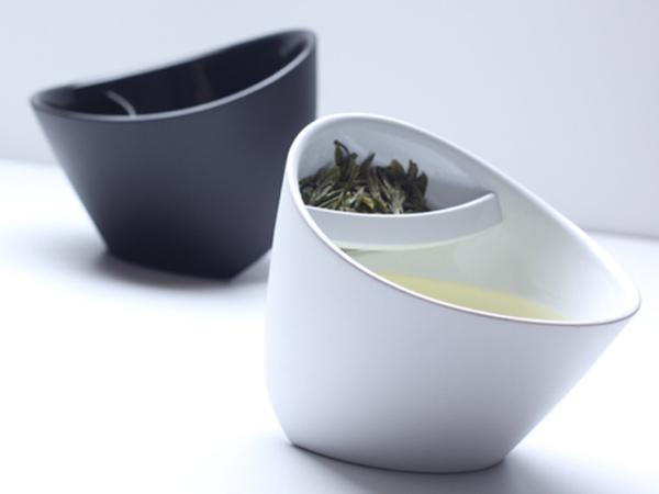 ユニークな発想から生まれた道具たち・・・ティーカップ
