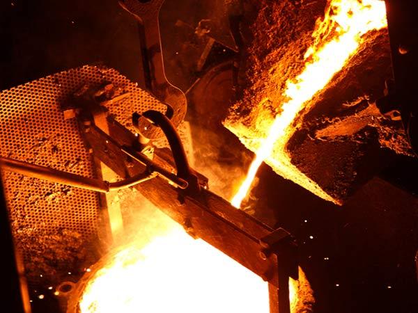 燕三条の技術が生んだ、究極の鋳物ホーロー鍋