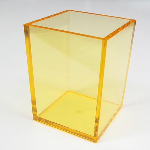 クリアカラーがおしゃれな、シンプルなペンスタンドです! 有賀 ペンスタンド 角型 クリアオレンジ